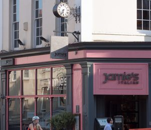 Jamie Oliver's restaurant chain collapses after cash flow issues